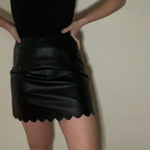 Dresses & Skirts - Black faux leather scalloped skirt